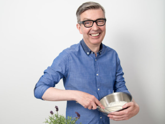 Celebrity tv chef howard middleton